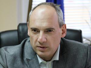<p>Едуард Стойчев, председател на ДКСБТ</p>