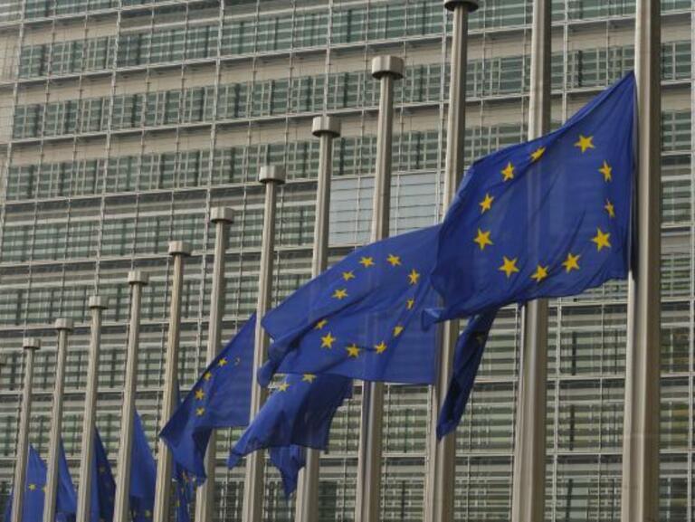 """Страните членки неочаквано """"за"""" още съкращения в евробюджета за 2014 г."""