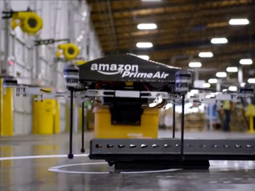Бъдещето идва: Аmazon ще разнася стоки с летящи роботи