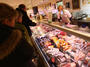 Българите масово налитат на най-евтините стоки