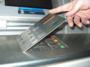 Арестуваха четирима българи заради източване на банкови карти