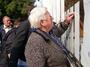 От днес започна раздаването на еднократни социални помощи на хора, чиито домове са пострадали от земетресението на 22 май и последвалите вторични трусове