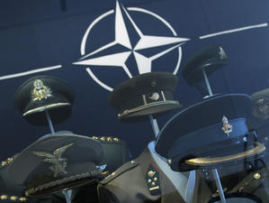 Украински хакери блокираха сайтове на НАТО