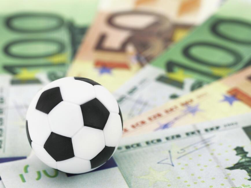3 млрд. паунда достигнаха приходите на английската висша лига