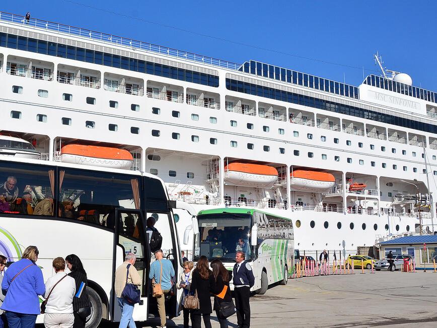 Рекорд на круизните кораби отчитат във Варна