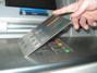 Скок на кражбите на банкови карти преди Коледа