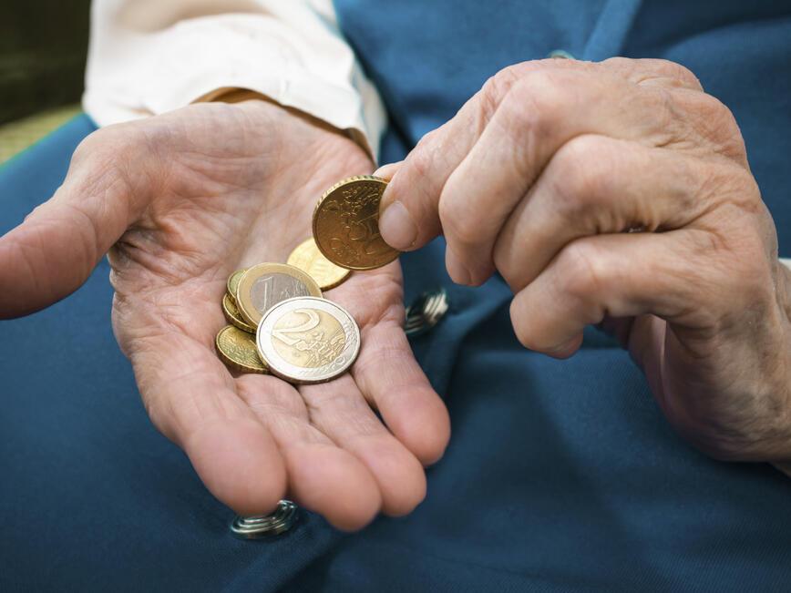 Последно - замразяват възрастта за пенсиониране през 2015 г.