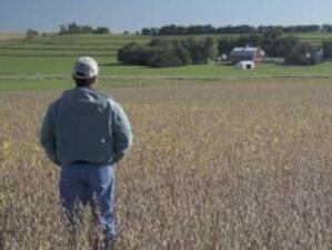 Отварят центрове за обучение на фермери