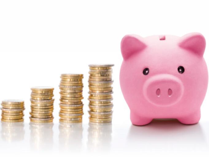 Размерът на депозитите на домакинствата се покачват през март