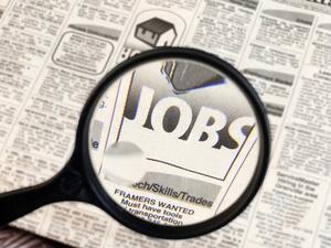 През 2017 се очаква стабилизиране на младежката безработица