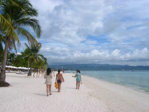 Китай и страните от АСЕАН ще засилят сътрудничеството в туризма