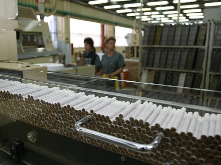 Бритиш Американ Табако купува водещи марки цигари от Булгартабак