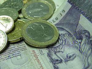 БНБ отчита дефицит по текущата сметка от близо 100 млн. евро