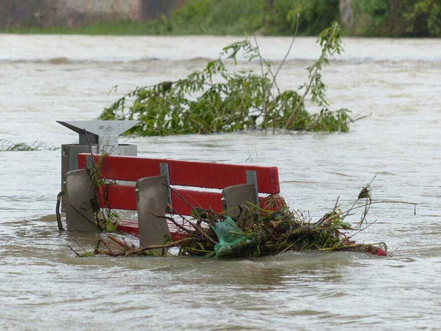 Щетите от наводнението в Истанбул ще достигнат $57 млн.