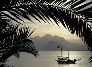 Анталия привлече над 2 млн. туристи през юни