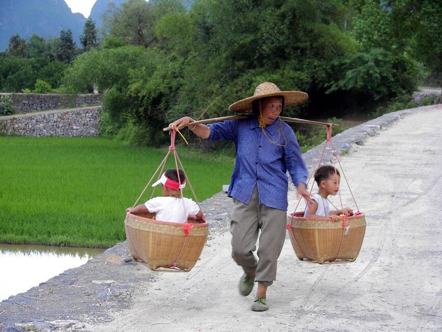 На семействата с второ дете в Китай ще бъдат предложени финансови облаги