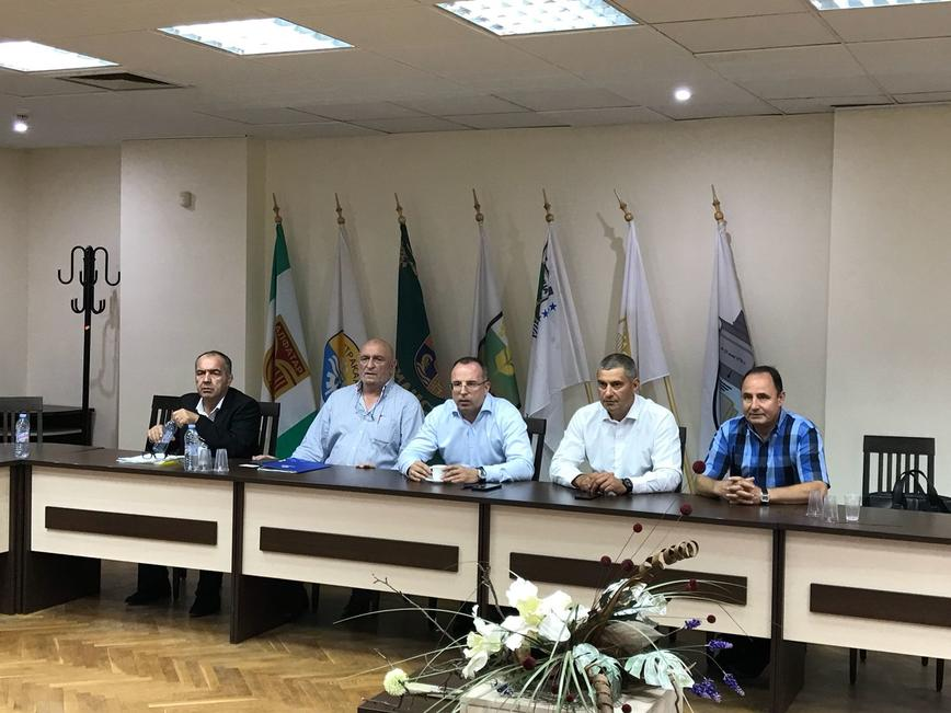 Министър Порожанов: Започна изграждането на ограда по границата с Румъния за ограничаване на риска от африканска чума по свинете