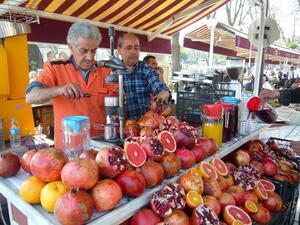 Турското правителство затяга контрола за справяне с резкия скок на цените