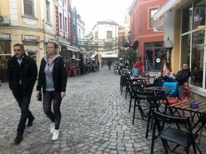 """""""Индипендънт"""": В най-бързо намаляващата нация в света, древният Пловдив обръща тенденцията"""