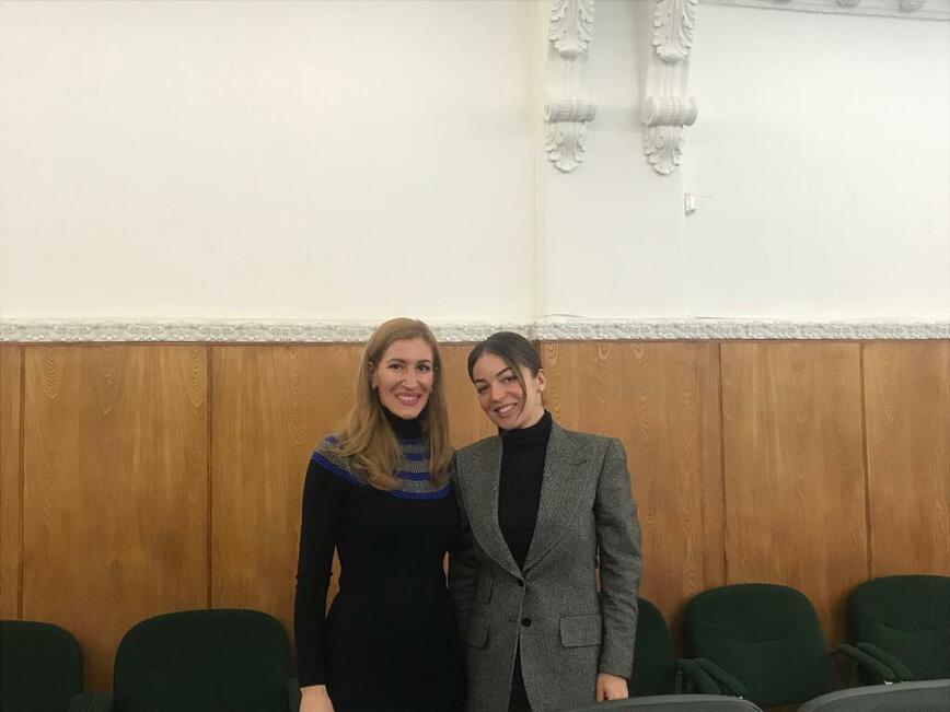 Министър Ангелкова проведе работна среща с шефката на руския туризъм Зарина Догузова