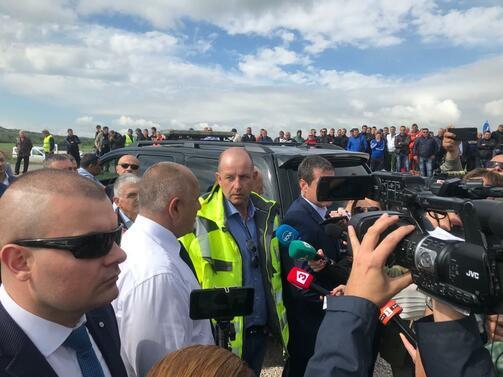 Премиерът Бойко Борисов даде началото на строителството на отсечката Драгоман
