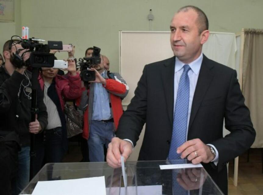 Радев видя възможност за манипулация на изборите