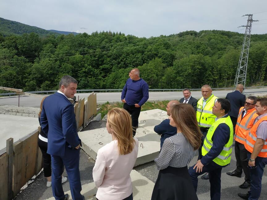 Борисов инспектира инфраструктурни обекти в Габрово и Севлиево