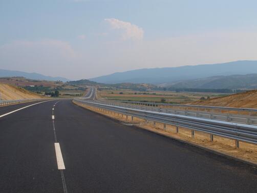 Снимка: Забраната за движение по обгорелия участък от магистрала