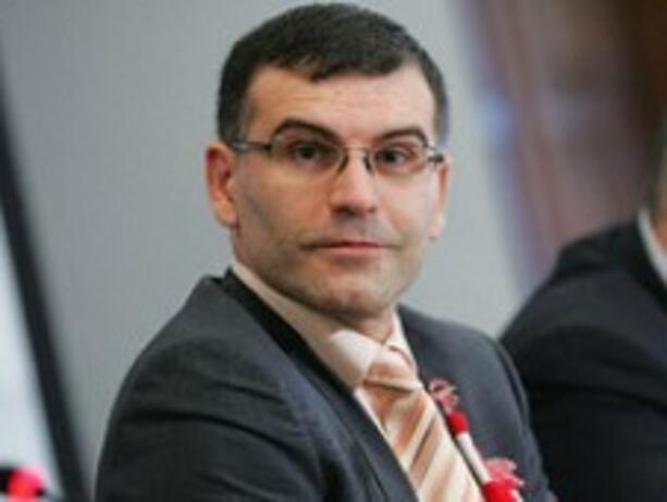 Дянков: Трудно може да се очаква ръст на заплати и пенсии през 2010 г.
