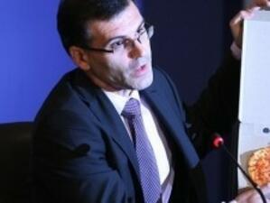 Дянков: Бюджет 2010 г. е като малка постна пица