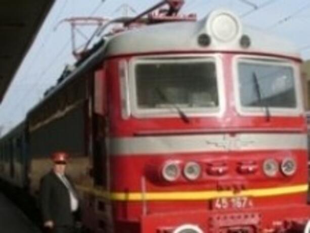 БДЖ пускат допълнителни вагони за Великденските празници