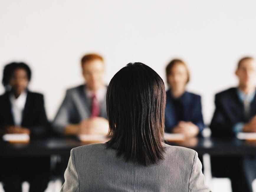 10 въпроса, които никога да не задавате на интервю за работа
