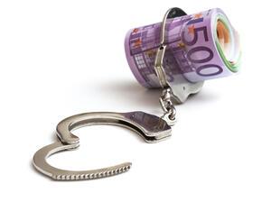 Университетски преподавател хванат с подкуп