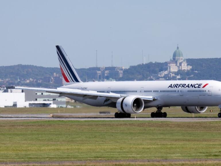 """""""Ер Франс"""" се споразумя със синдикатите за пилотските възнаграждения"""