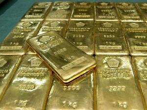 Експерт: Златото ще поскъпва след като доларът поевтинее