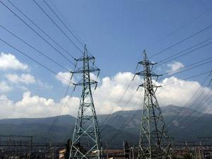 Оборотът на енергийната борса спада с 13%, а търгуваните количества се свиват с 3% през август