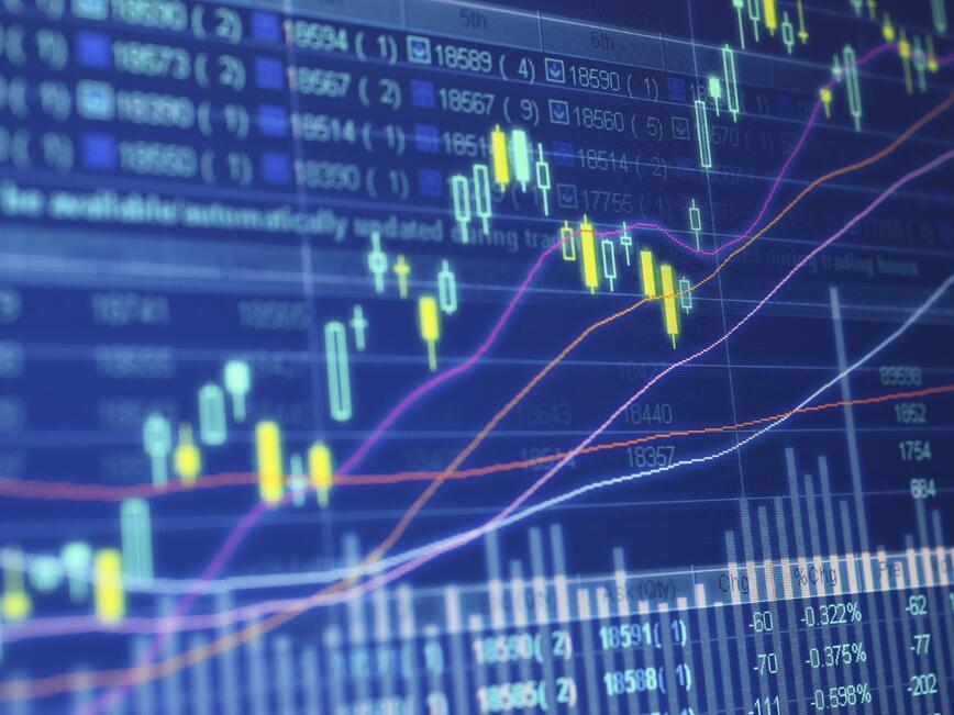 Доларът е под натиск след лошите данни за производствения сектор отвъд океана