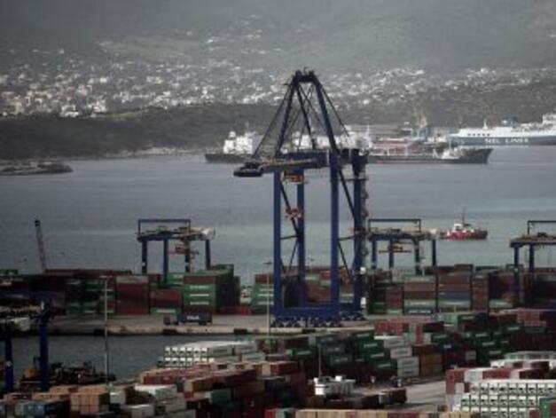 Гърция разширява пристанище Пирея