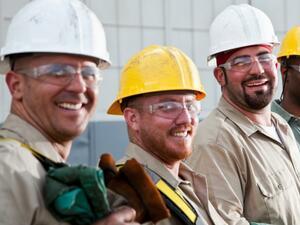 Безработицата в САЩ се повишава слабо през юни