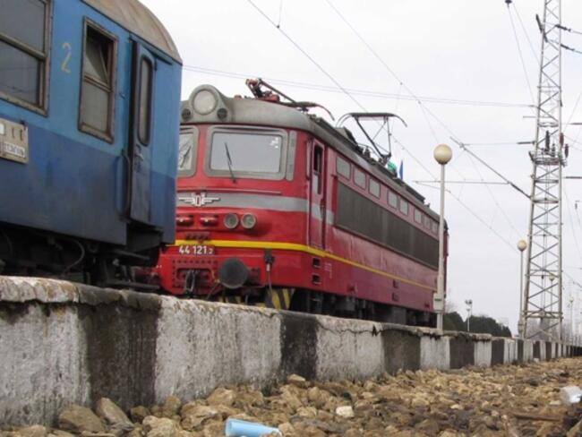 Пътуващите с влак продължават да намаляват, тази година спадът ще е 5%