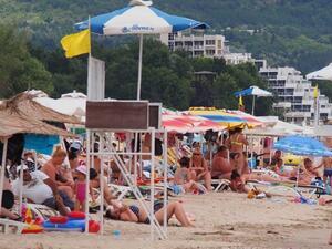 Над 7,9 млн. чуждестранни туристи са посетили България за периода януари-септември
