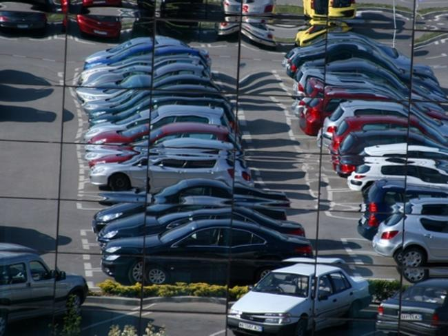 Продажбите на нови автомобили в Евросъюза намаляват от началото на годината