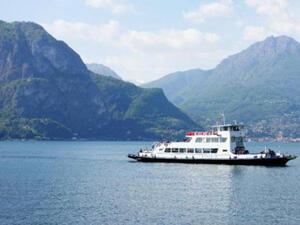 Гръцките фериботи забраниха пластмасовите сламки
