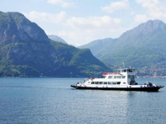 Стачка ще блокира фериботите в Гърция в понеделник
