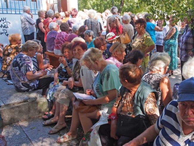 Почти 40% от българските пенсионери усвояват новите технологии с лекота