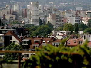 Цените на жилищните имоти в София плавно ще се понижат, сочи проучване
