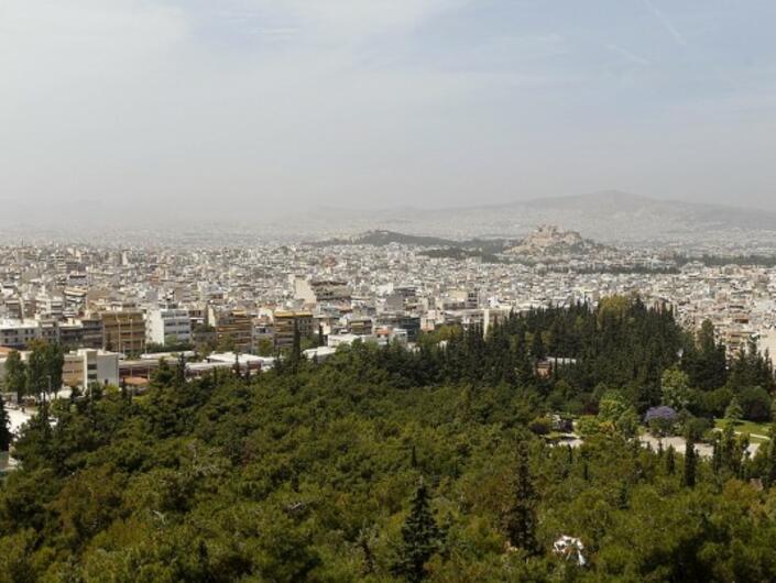 Инвестициите в жилищното строителство в Гърция са се стопили с 96% за десет години
