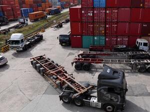 Износът ни за страни извън ЕС спада с 15% в края на април