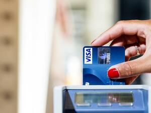 Датска фирма за разплащане се опасява, че са били хакнати 100 хиляди кредитни карти