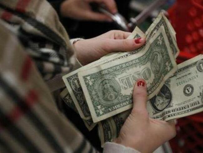 Продажбите на дребно в САЩ през декември се сриват драматично
